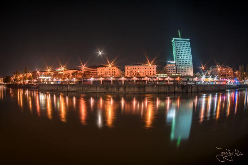 Donaukanal - Wien, Österreich - Nachtaufnahme