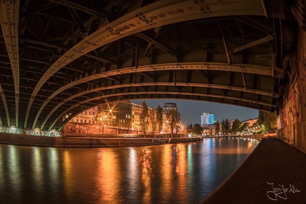 Nachtaufnahmen Donaukanal Wien - Österreich