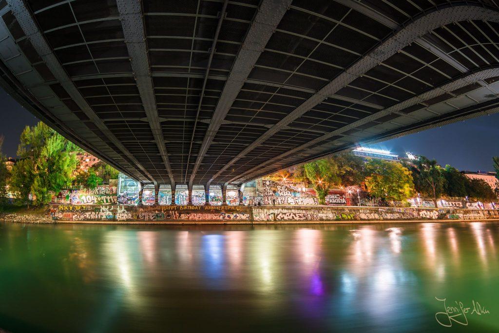 Brücke - Donaukanal Wien bei Nacht