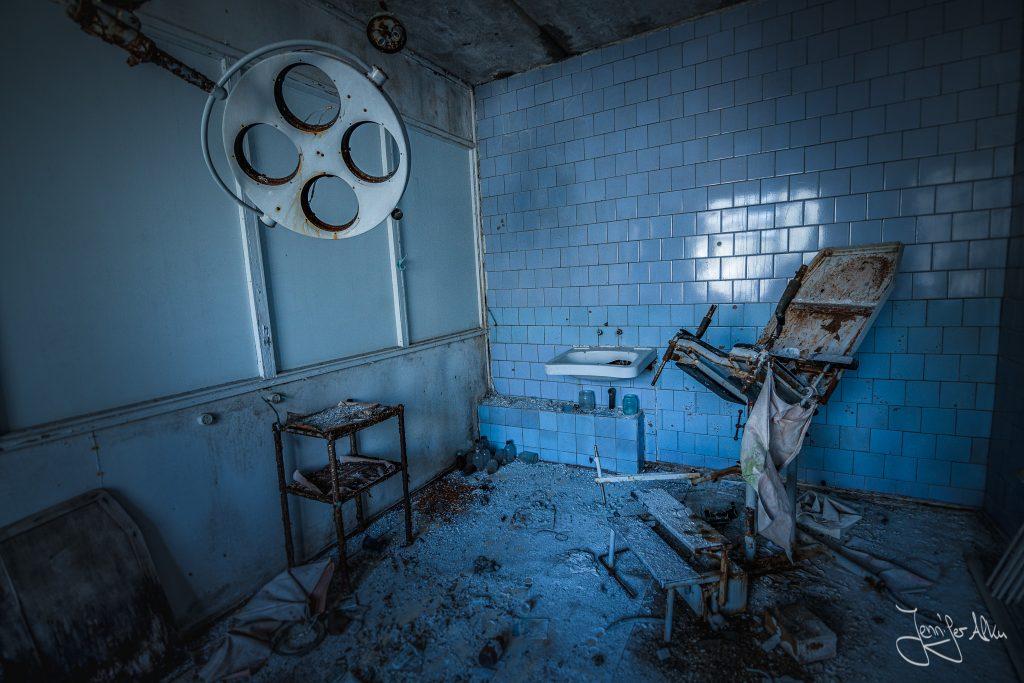 Großes Krankenhaus Prypjat - Tschernobyl - Ukraine--20
