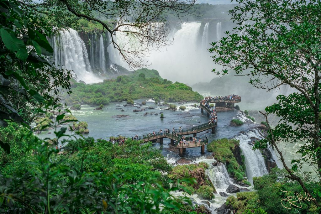 Laufsteg zum Teufelsschlund im Iguaçu-Nationalpark
