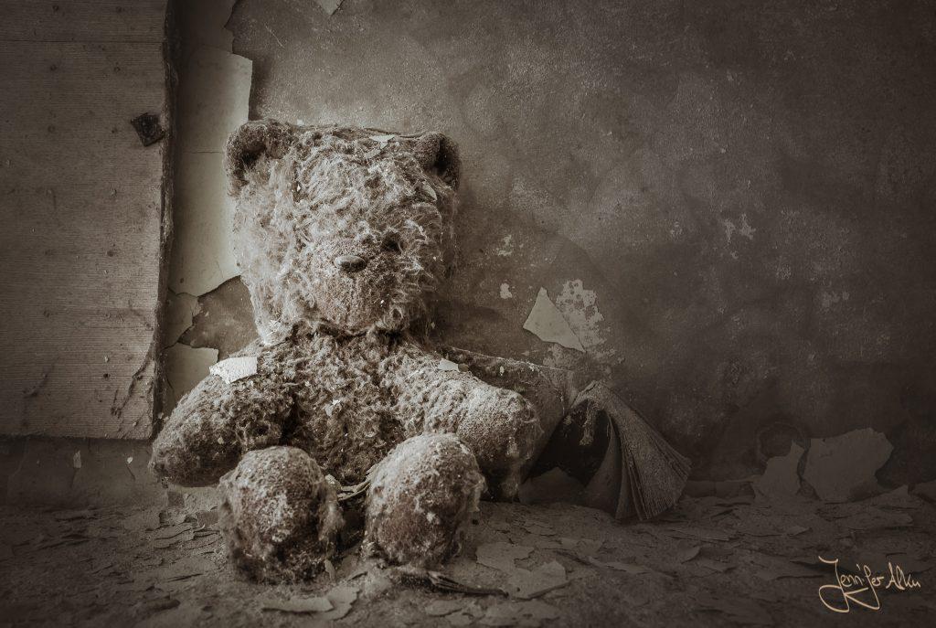 Teddybär im Kindergarten Kopatschi in Tschernobyl