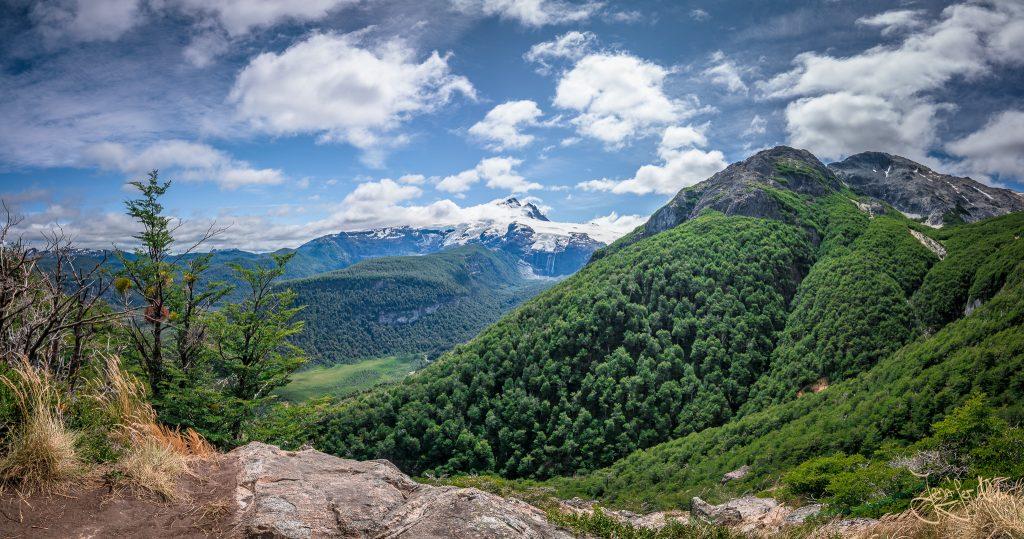 Unten im Tal befindet sich die Pampa Linda